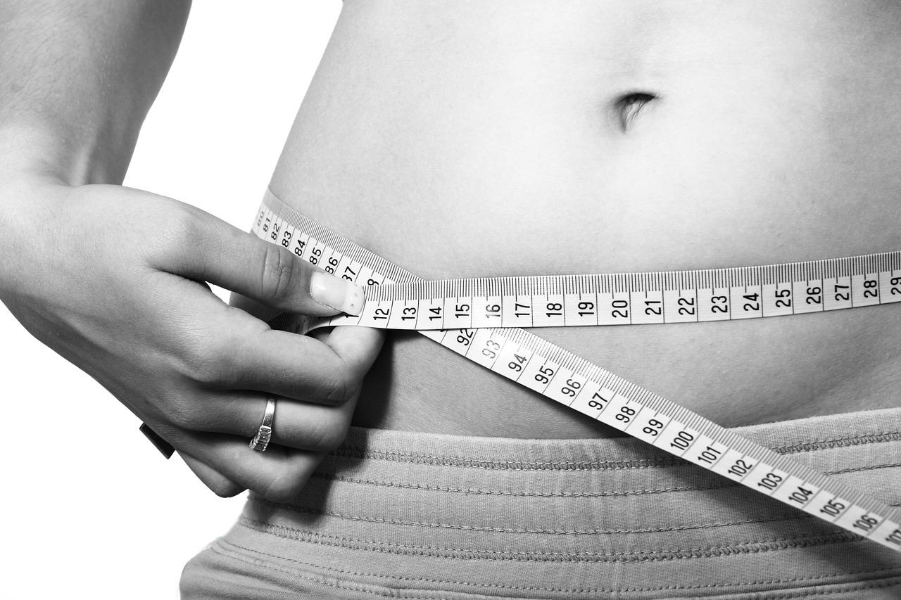 Der pflanzliche Faserstoff im Lipogran wirkt fettbindend und unterstützt den Körper, das aufgenommene Fett natürlich auszuscheiden, ohne es zu verarbeiten.