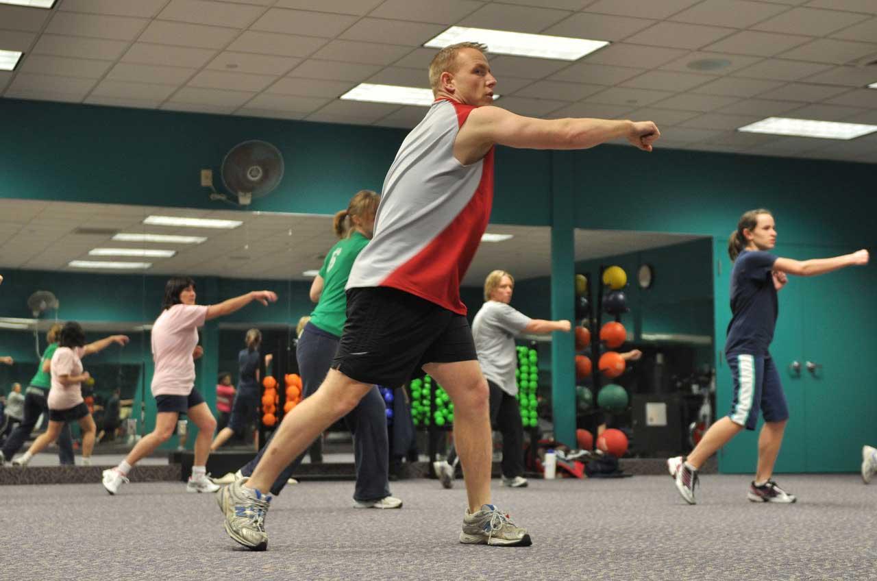 Bild von Lässt sich mit mehr Bewegung wirklich das Körpergewicht senken?