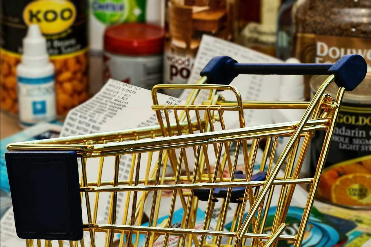 Vor dem Einkauf einen Eiweiß Diät Plan erstellen.