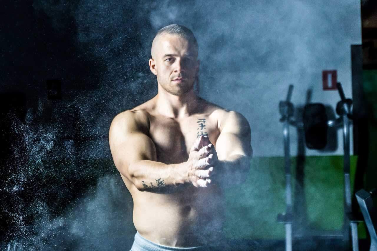 Eiweiß, Sport und Muskelaufbau stehen im direkten Zusammenhang.