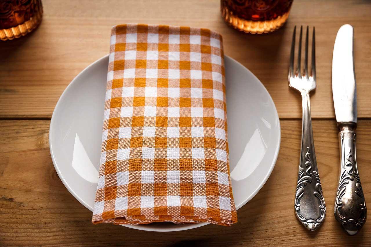Wann sollten wir mit dem Essen aufhören, um nicht dick zu werden und gut zu schlafen?