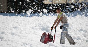 Kalorienverbrauch Schnee schippen – Abnehmen im Winter