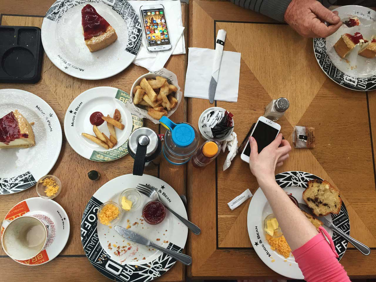 Bild von Nimmersatt?: Warum wir Fett brauchen, um schlank zu werden