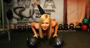 Straffer Bauch - Durch Ernährung oder Training?