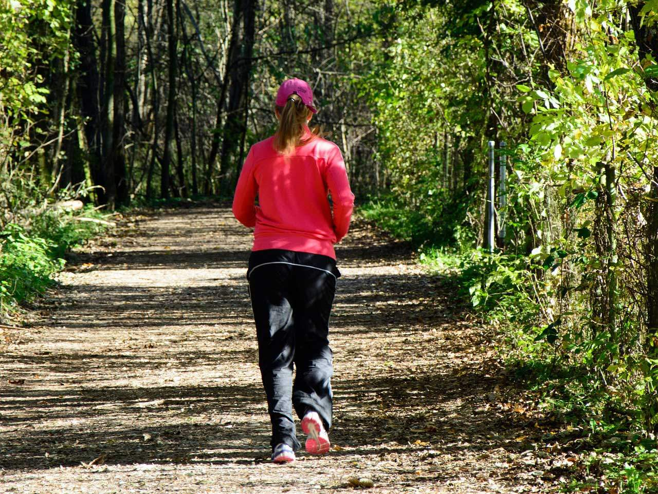 Volkssport Joggen - häufig der sportliche Beginn beim abnehmen.
