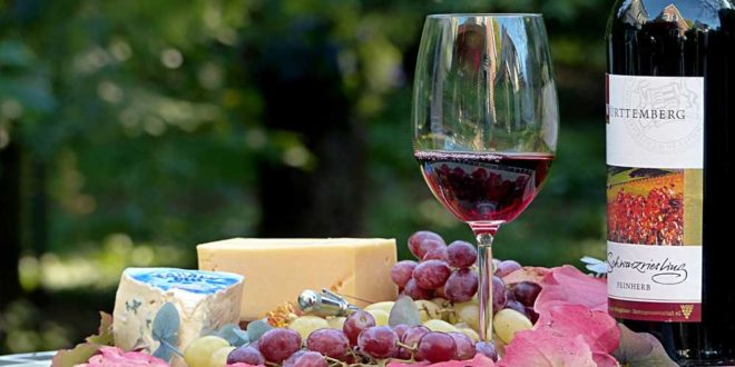 Wein, Fruchtsaft, Käse – Ist das wirklich vegetarisch?